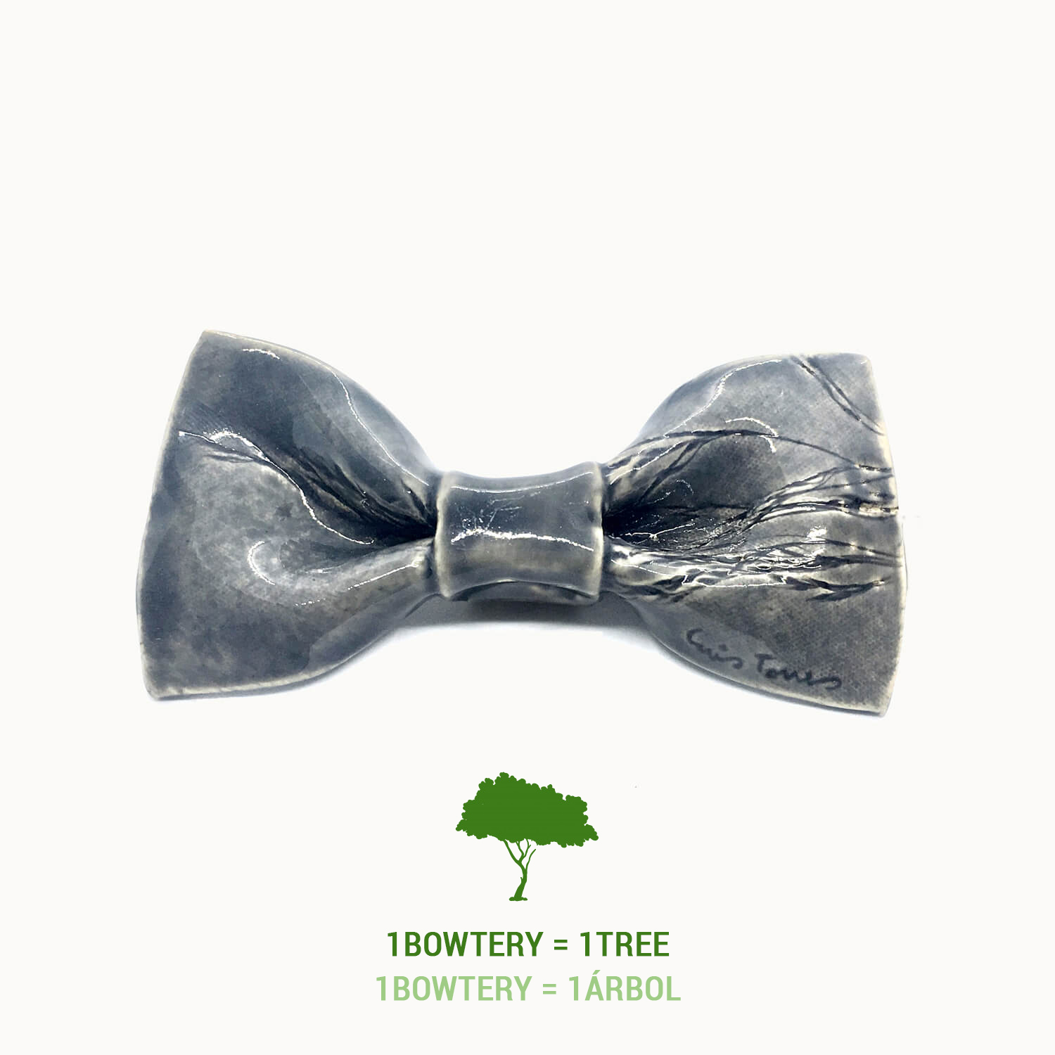 Pajarita de cerámica Bowtery ecofriendly planta un árbol por la compra de cada pajarita contra el cambio climático. Ceramic Bow tie plant a tree for every purchase against climate change