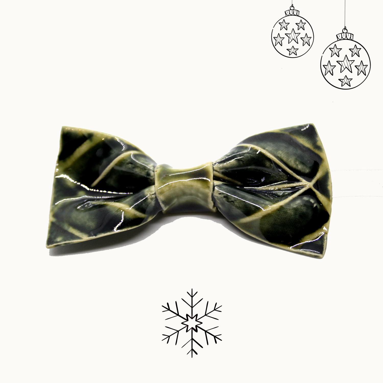 Bowtery Handmade Ceramic bow tie. Pajarita de cerámica hecha a mano. Regalo de Navidad original