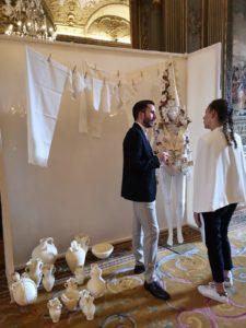 Luis Torres de Bowtery mostrando LIMOSNA con Leandro Cano en Paris Fashion Week